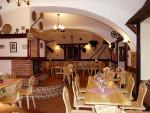 17-interier-restaurace-v-penzionu