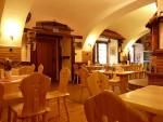 18-interier-restaurace-v-penzionu