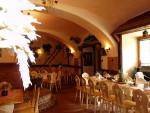 19-interier-restaurace-v-penzionu